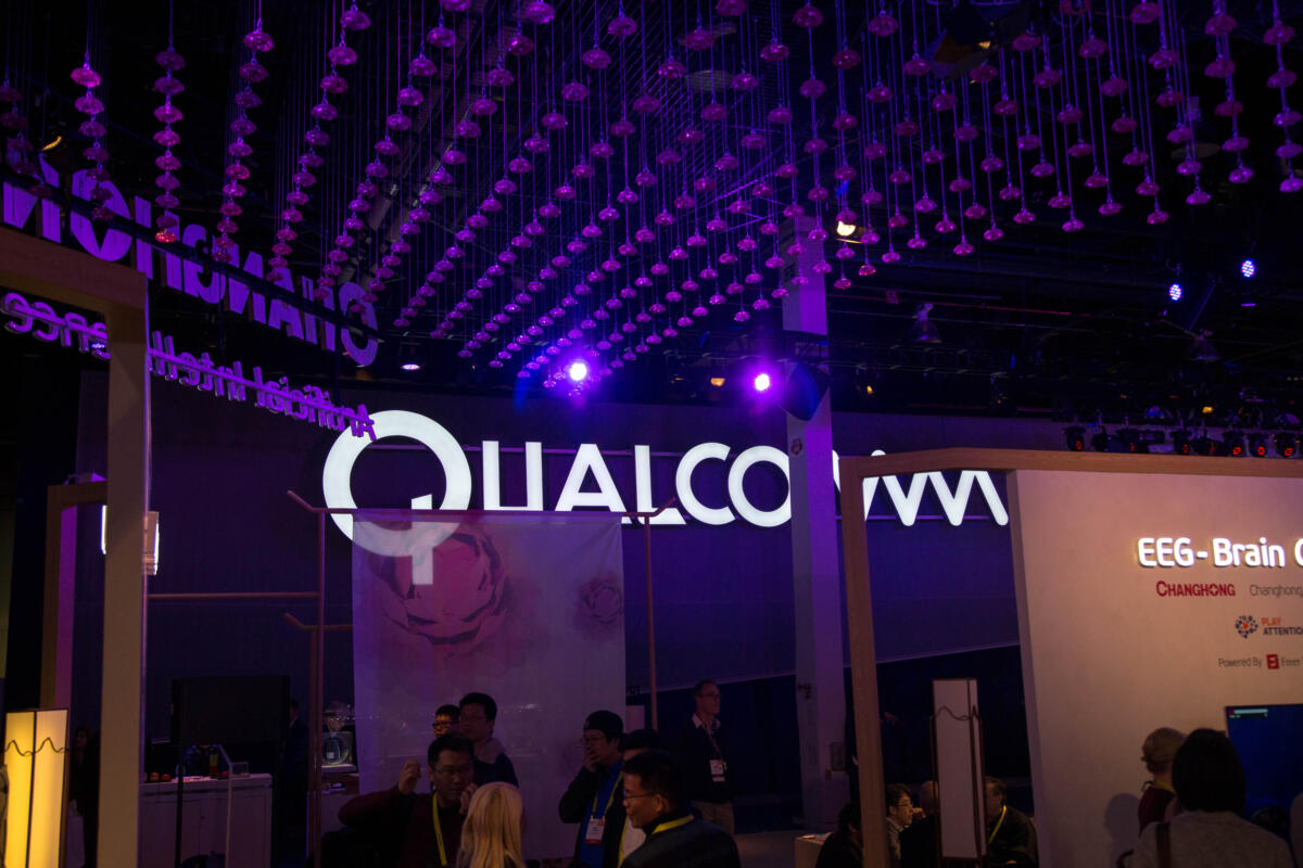 Qualcomm expects phone sales to dip by 15 percent because of COVID