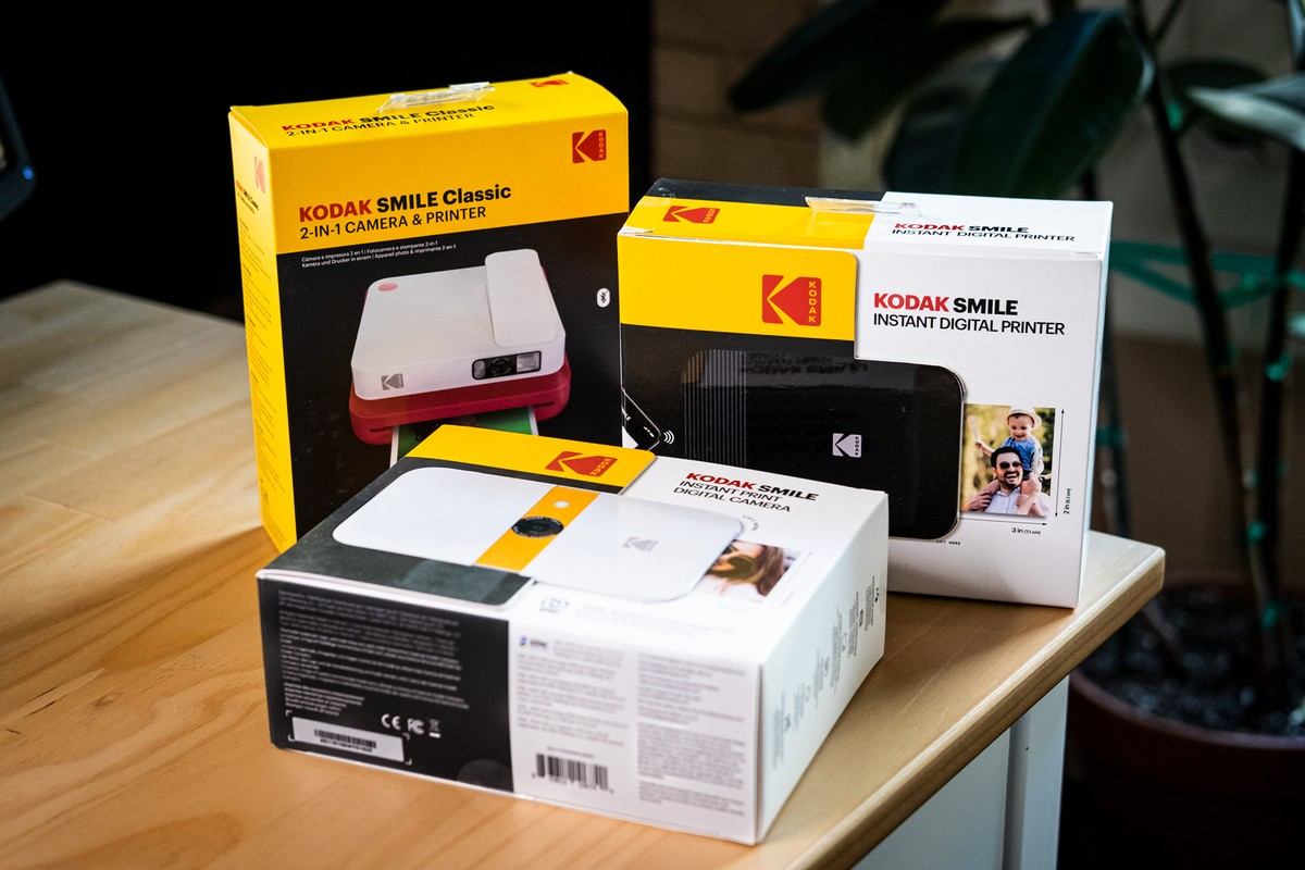 Giveaway: Win a Kodak Smile camera or printer